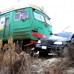 The crash of a car and the electric train at the Artashat-Aygevan ferry