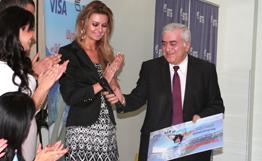 Житель Еревана выиграл главный приз акции «Лето с ВТБ» – поездку в Грецию
