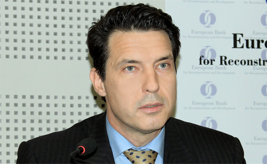 New head of EBRD Yerevan  office welcomes first issue of armenian eurobonds