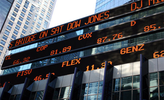 Dow Jones plummets 800 points