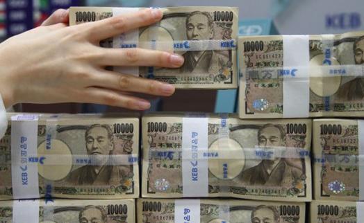 Банки Японии приобрели иностранных бондов на 3,81 трлн. иен