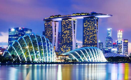 Экономика Сингапура рухнула на 4%