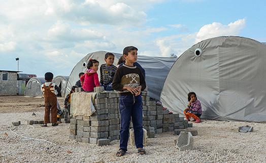 Для сирийских беженцев разрабатывается специальная программа денежных переводов