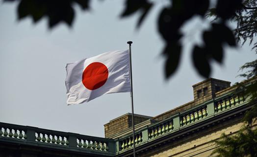Банк Японии неожиданно увеличил объем QE