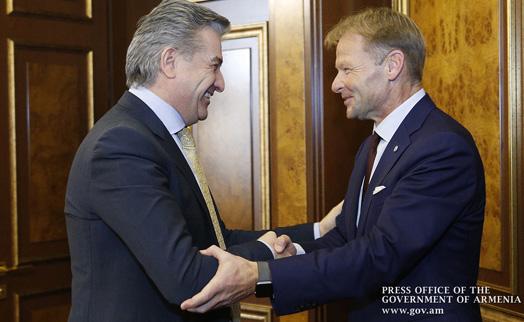Премьер Армении предложил партнерам из ЕИБ рассмотреть возможность реализации операций в местной валюте