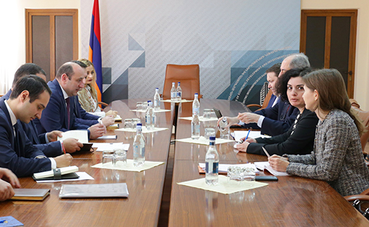 Armenian minister and IMF Armenia mission head discussed 'new and unique' program