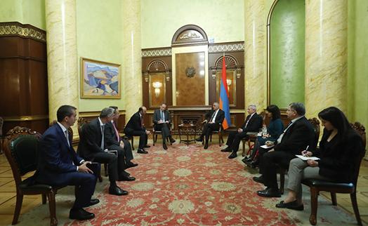 Հայաստանի կառավարությունը կզարգացնի համագործակցությունը «Ամունդի-ԱԿԲԱ Ասեթ Մենեջմենթ»-ի հետ