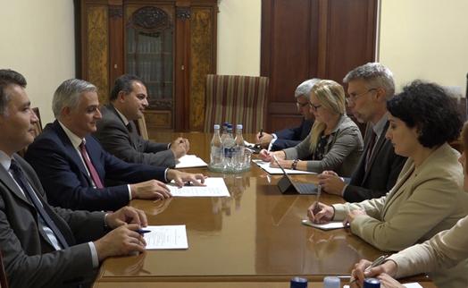Вице-премьер Армении и региональный директор ВБ обсудили сотрудничество и новые программы