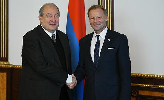 Саркисян предложил вице-президенту ЕИБ рассмотреть возможность участия банка в одной из президентских инициатив