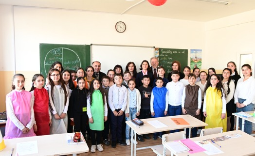 Stepan Gishyan charity foundation opens modern French language classroom at #8 school in Hrazdan