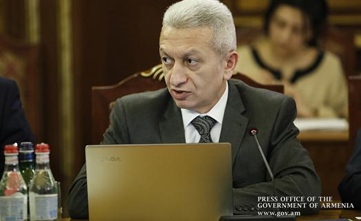 Правительство Армении не намерено втихомолку увеличивать долговое бремя