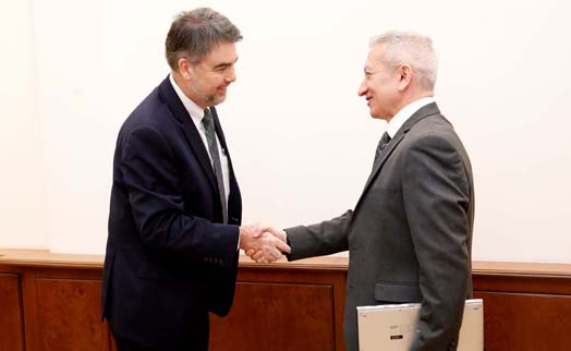 Armenian finance minister and IMF delegation discuss further cooperation